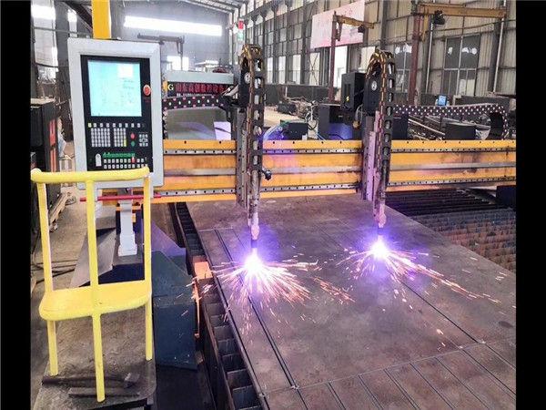 Machine de découpe au plasma CNC de haute précision 1530