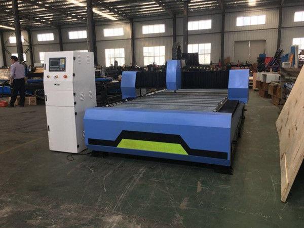 Machine de découpe de grandes plaques en acier inoxydable